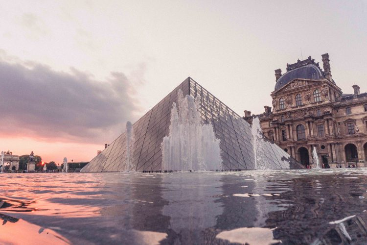Louvre to Open Non-Stop Over a Weekend for Leonardo Exhibition Finale